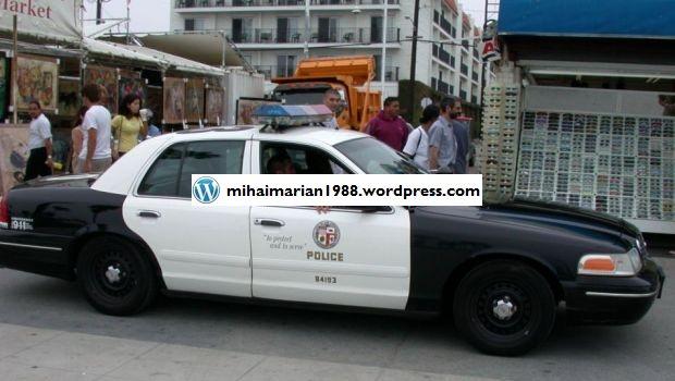 Masinile politistilor americani, dotate ca in filmele S.F. Si romanii ar putea, teoretic