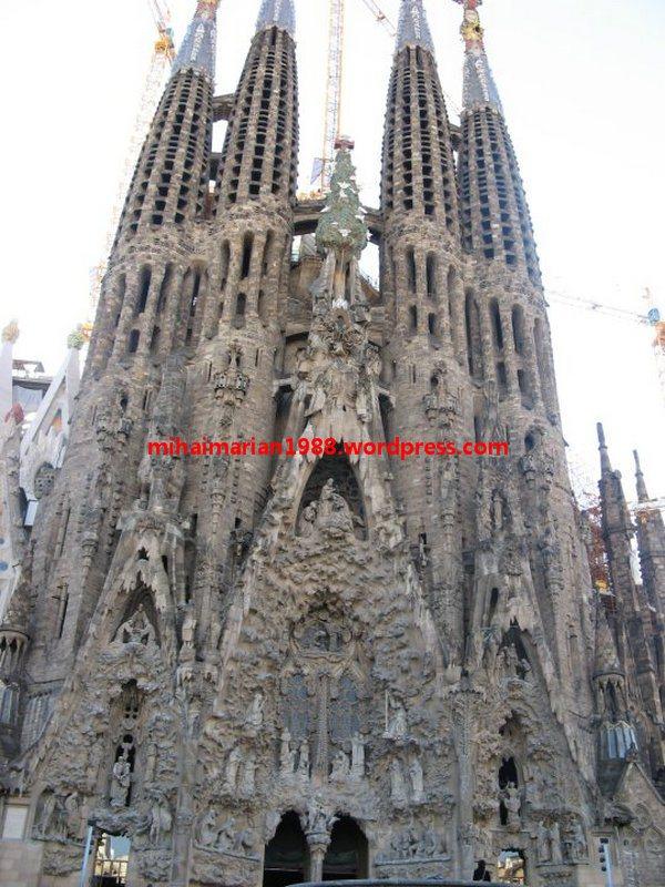 161 de ani de la nașterea lui Antoni Gaudi_2
